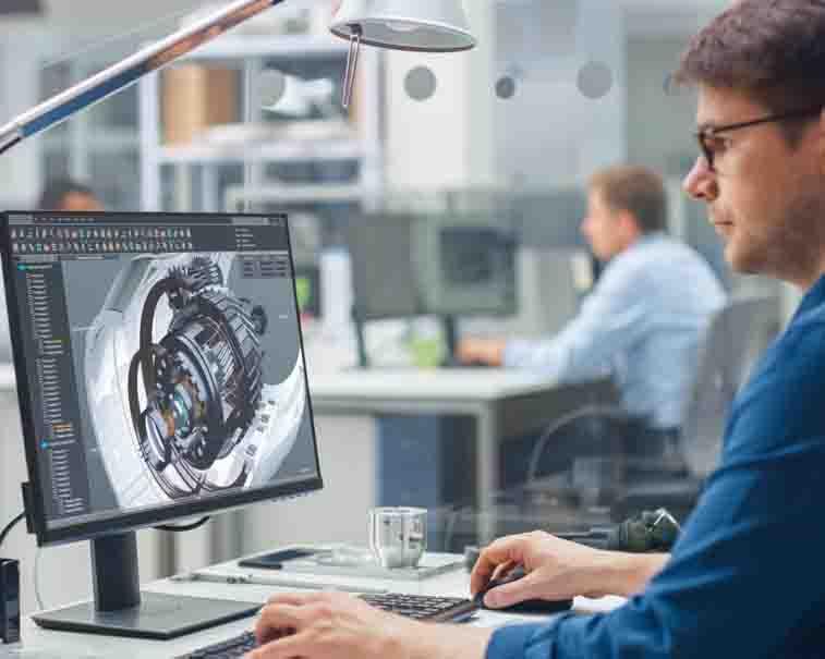 Engineer using Predix Essentials | GE Digital