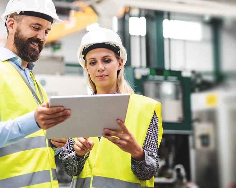 Industrial workers | GE Digital software