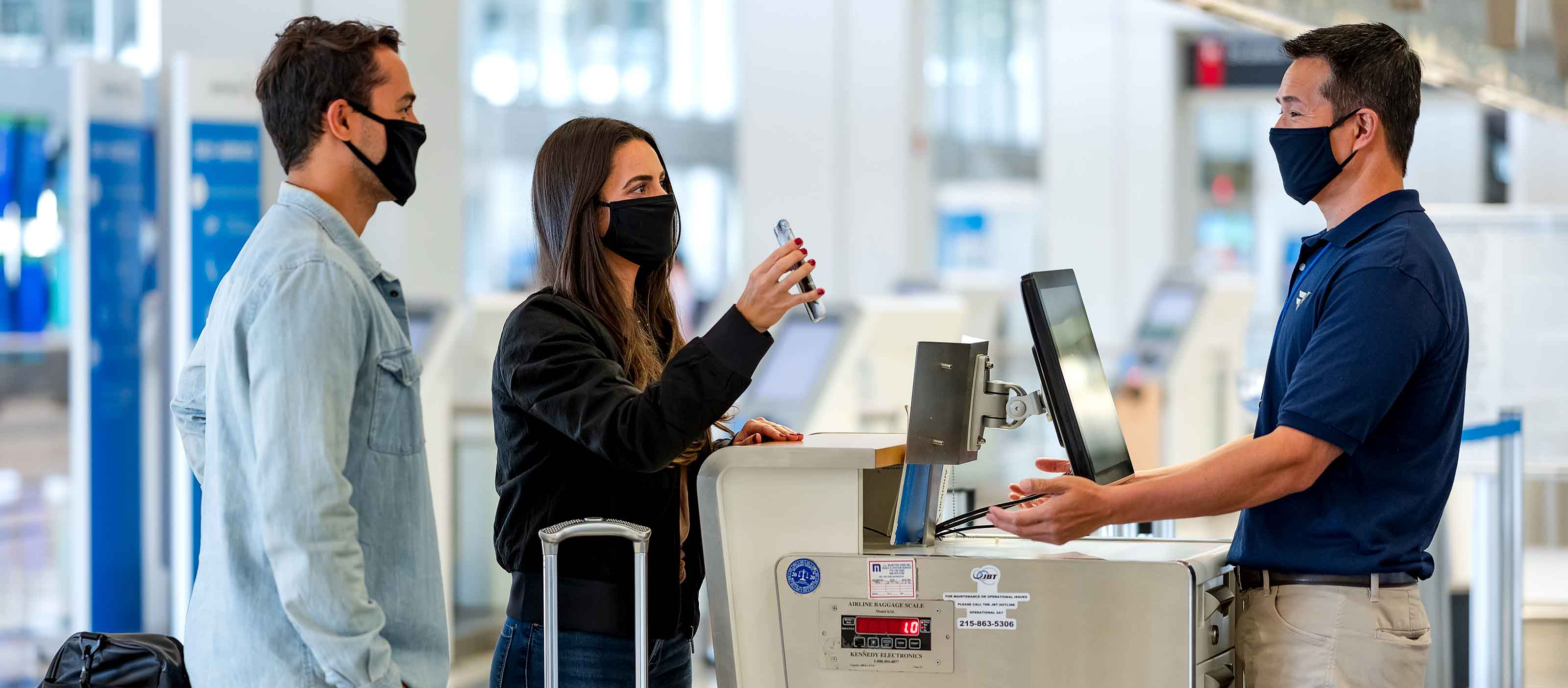 Wellness Trace software: Help travelers move with confidence | GE Digital
