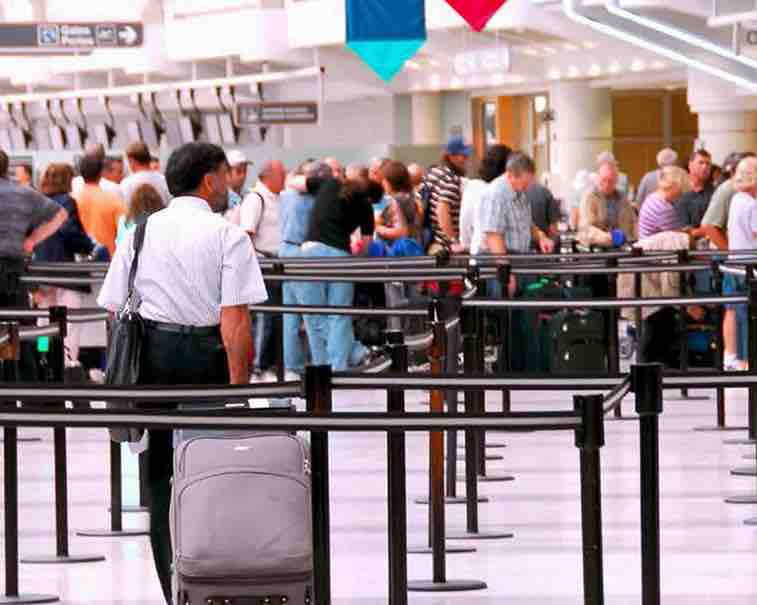 Optimize airline passenger experience, reduce costs by mitigating delays with Network OperationsOptimize airline passenger experience, reduce costs by mitigating delays with Network Operations