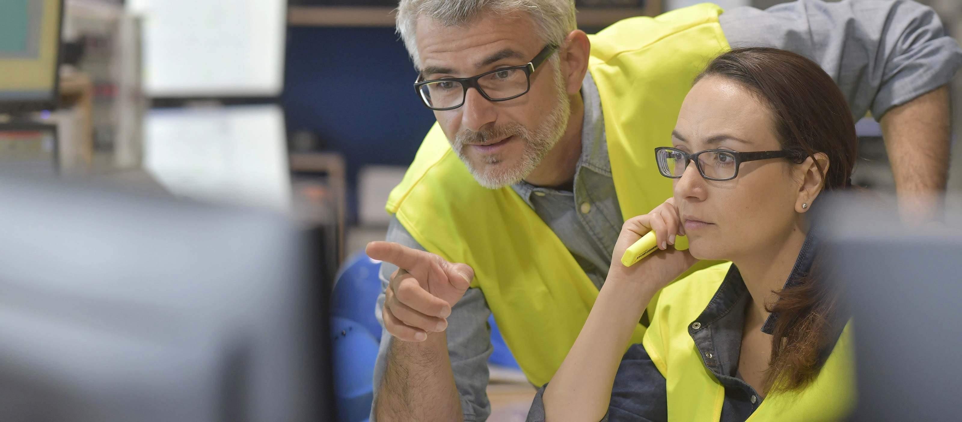 Industrial engineers using Predix Essentials from GE Digital