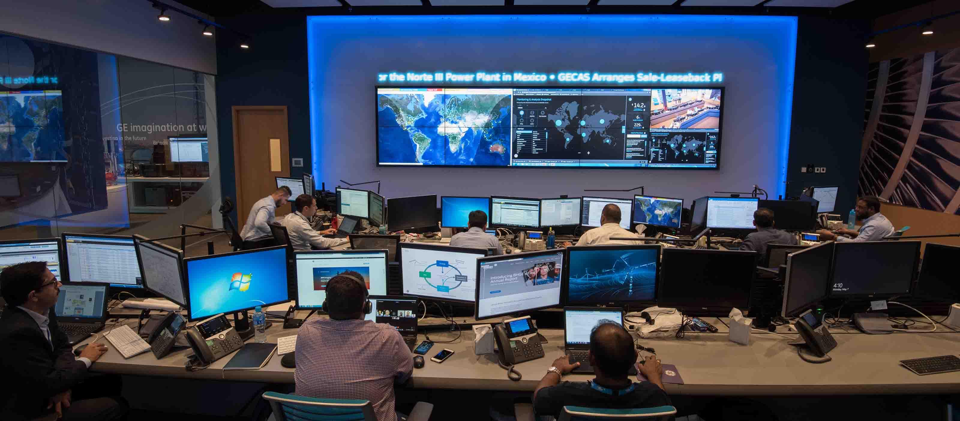 Dubai control center using GE Digital APM solutions   SmartSignal