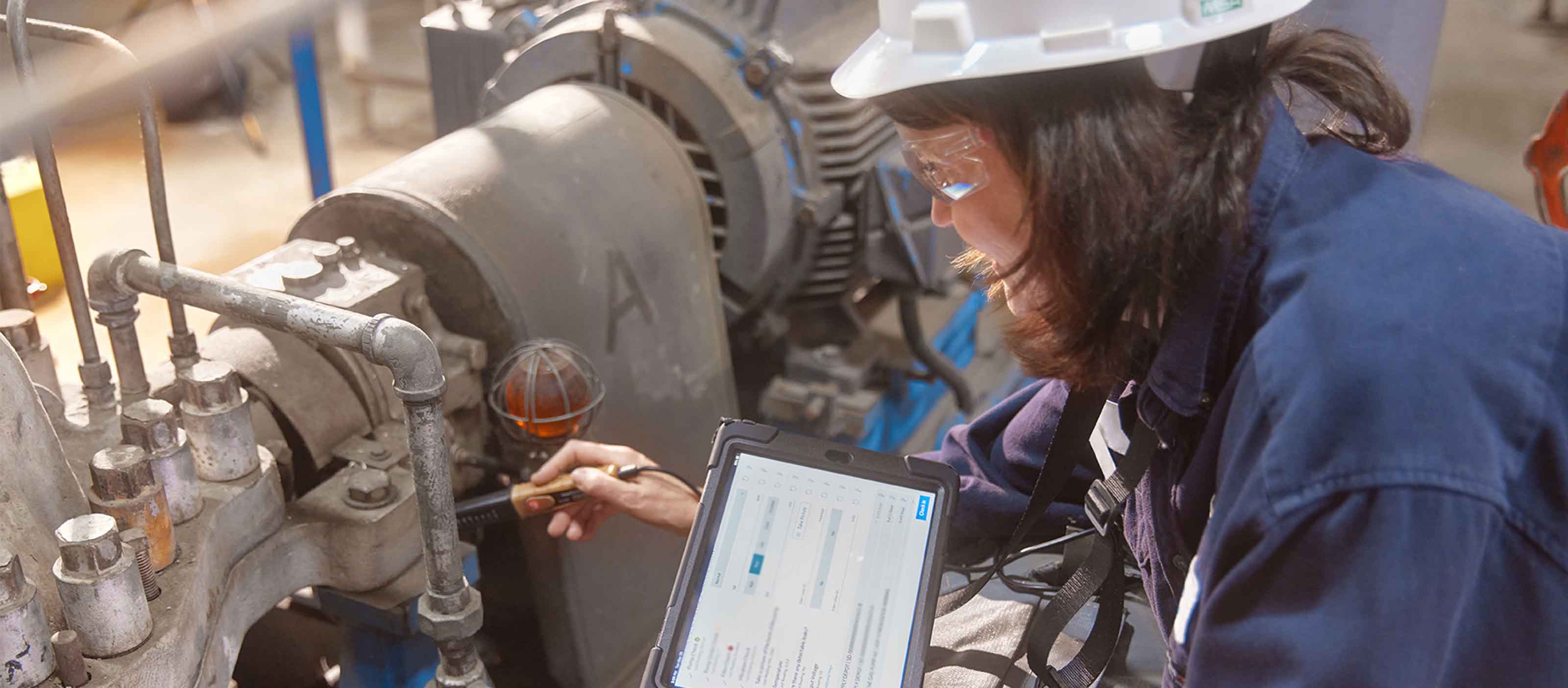 Maintenance on gas power plant using GE Digital software