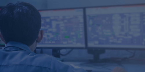 Engineer using software to remotely monitor operations | GE Digital