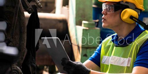 Industrial automation engineer using HMI/SCADA from GE Digital