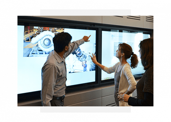 GE Digital engineers working on digital transformation advisory services
