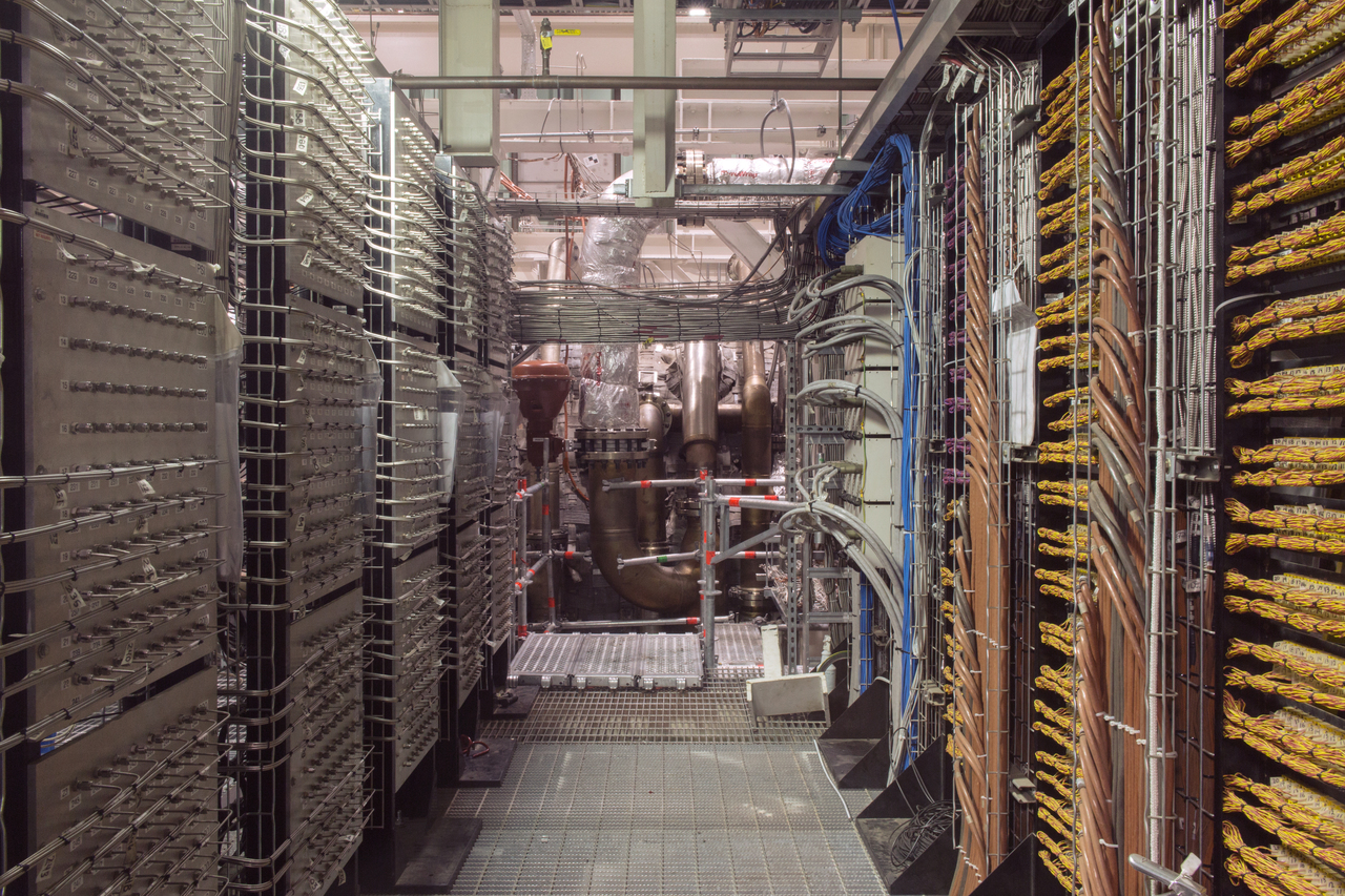 wires_3_extra_large