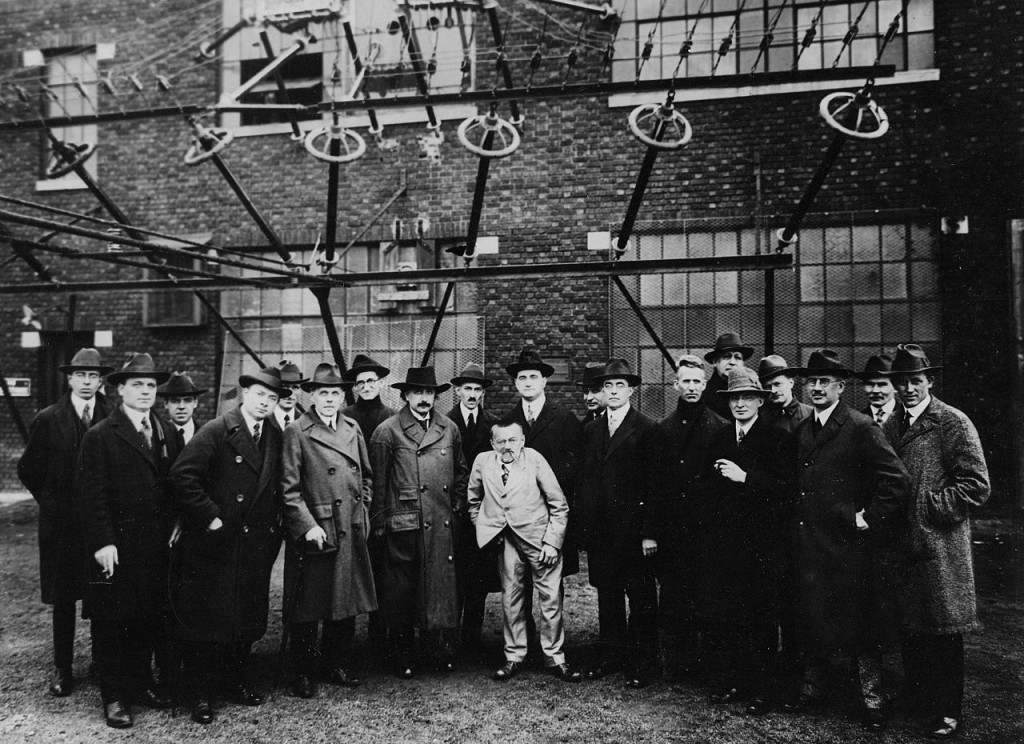 Albert_Einstein_with_other_engineers_and_scientists_at_Marconi_RCA_radio_station_1921