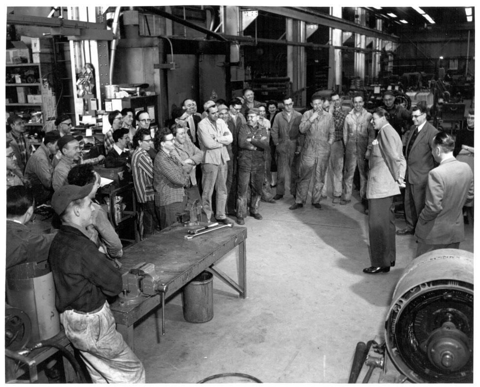 Reagan on Factory Floor, Jan. 31 1956, New 533, 100 dpi