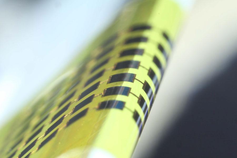 APL-Lee-photovoltaics-resiz