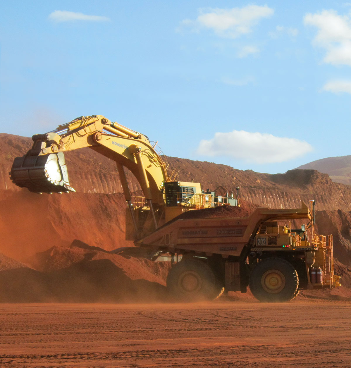 Being a big truck in the Pilbara is a tough gig. The new GE-Komatsu partnership combines overhaul processes in one workshop. The take out? Life expectancy of high-value remanufactured parts will be extended and downtime for propulsion systems will be significantly reduced. Photo: Komatsu.