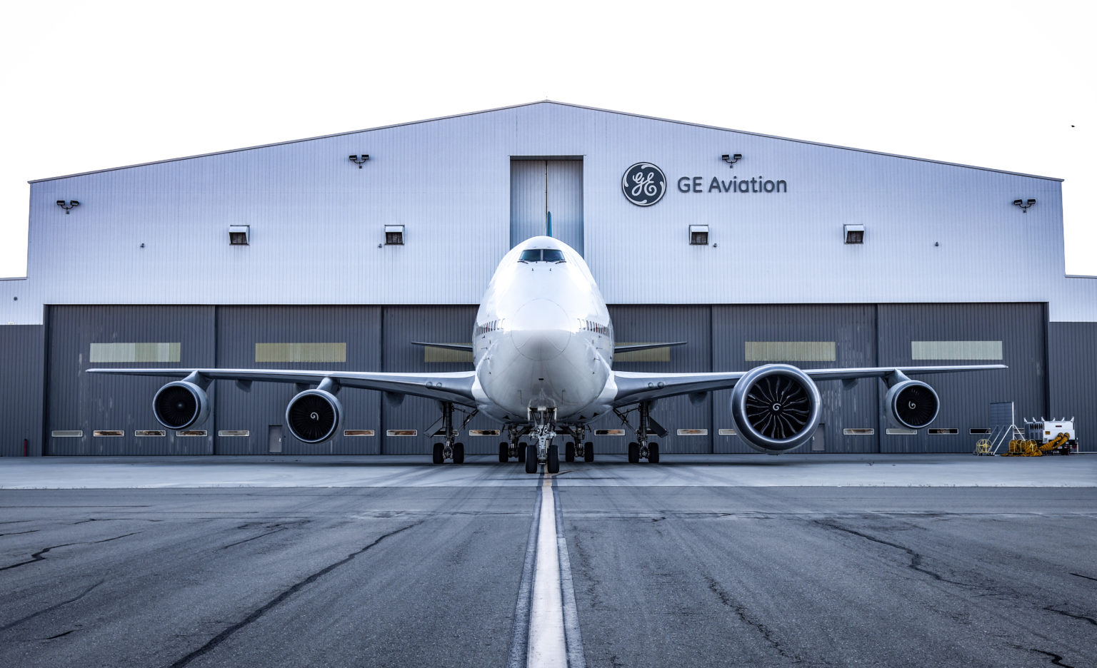 The 747 Flying Test Bed with the GE9X on wing along with production CF6 engines.