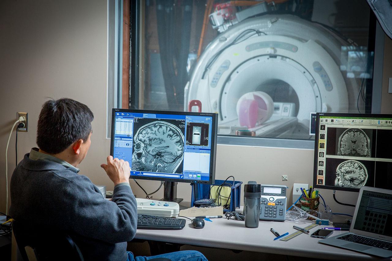 GE Research MRI AI