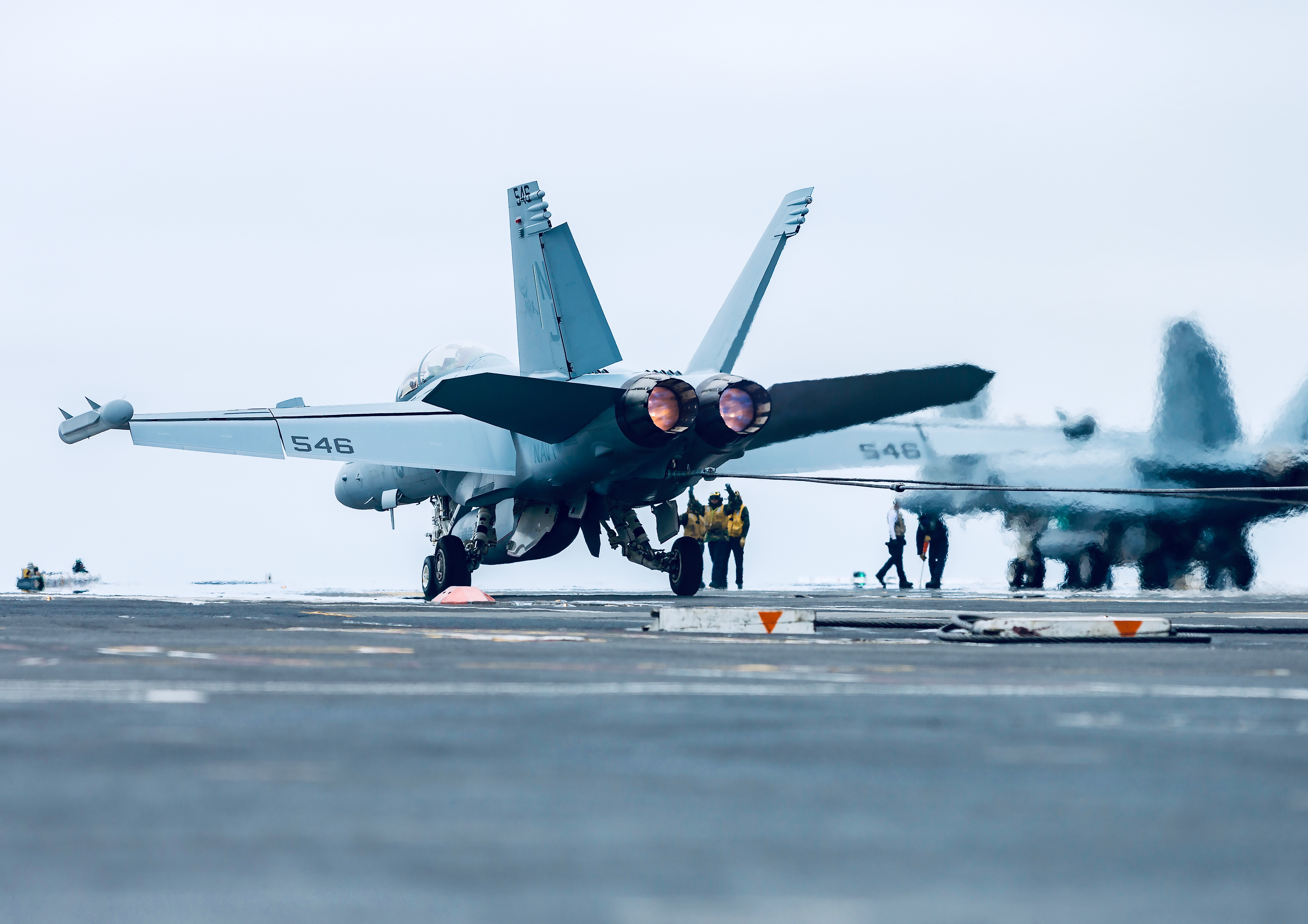 Super Hornet taking off from the deck of USS Carl Vinson, a US Navy aircraft carrier. (Photo credit: Scott Dworkin)