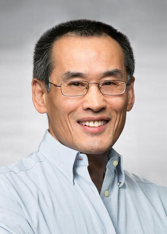 Weizhong Yan image
